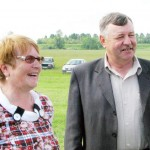 Глава администрации С.А. Подкорытова и  председатель сельхозкооператива Н.А. Калугин__Праздник - это та же работа_2